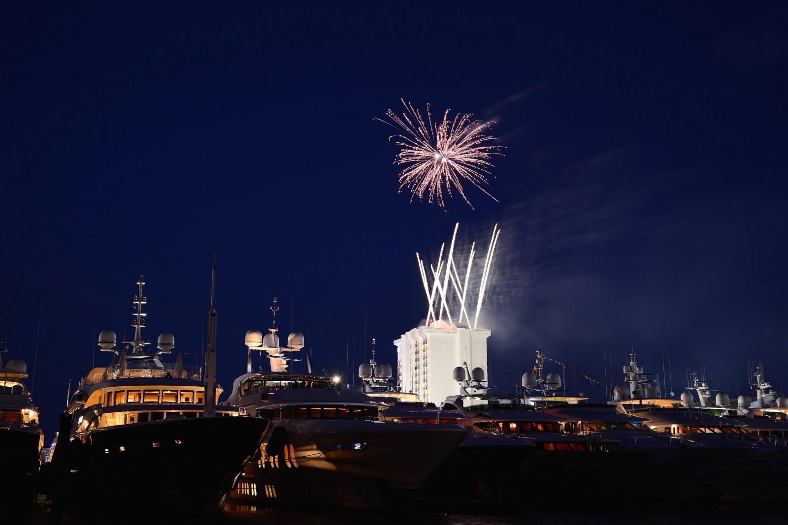 Th Fireworks - DSC_9201.NEF