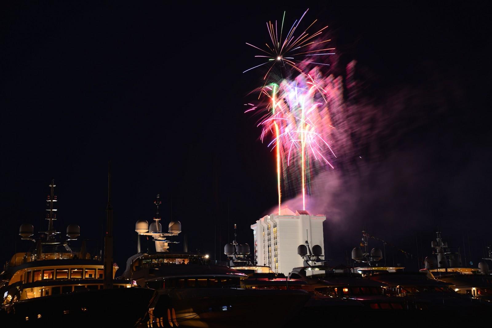 Th Fireworks - DSC_9257.NEF