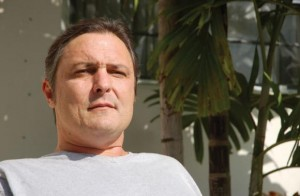 Uninsured engineer fights cancer