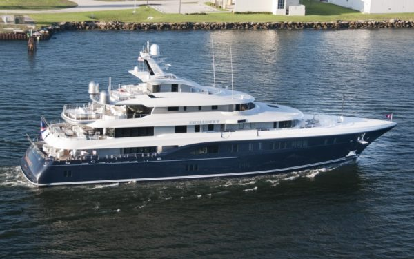 Latest news in the brokerage fleet: Selene, Deep Blue II sell; Excellence V listed