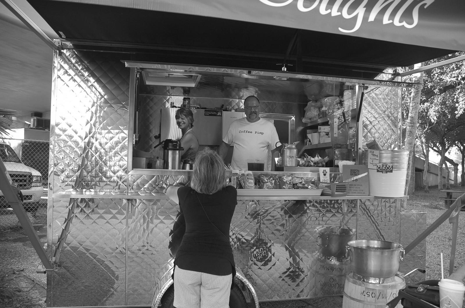 A6 NEWS food trucks 018