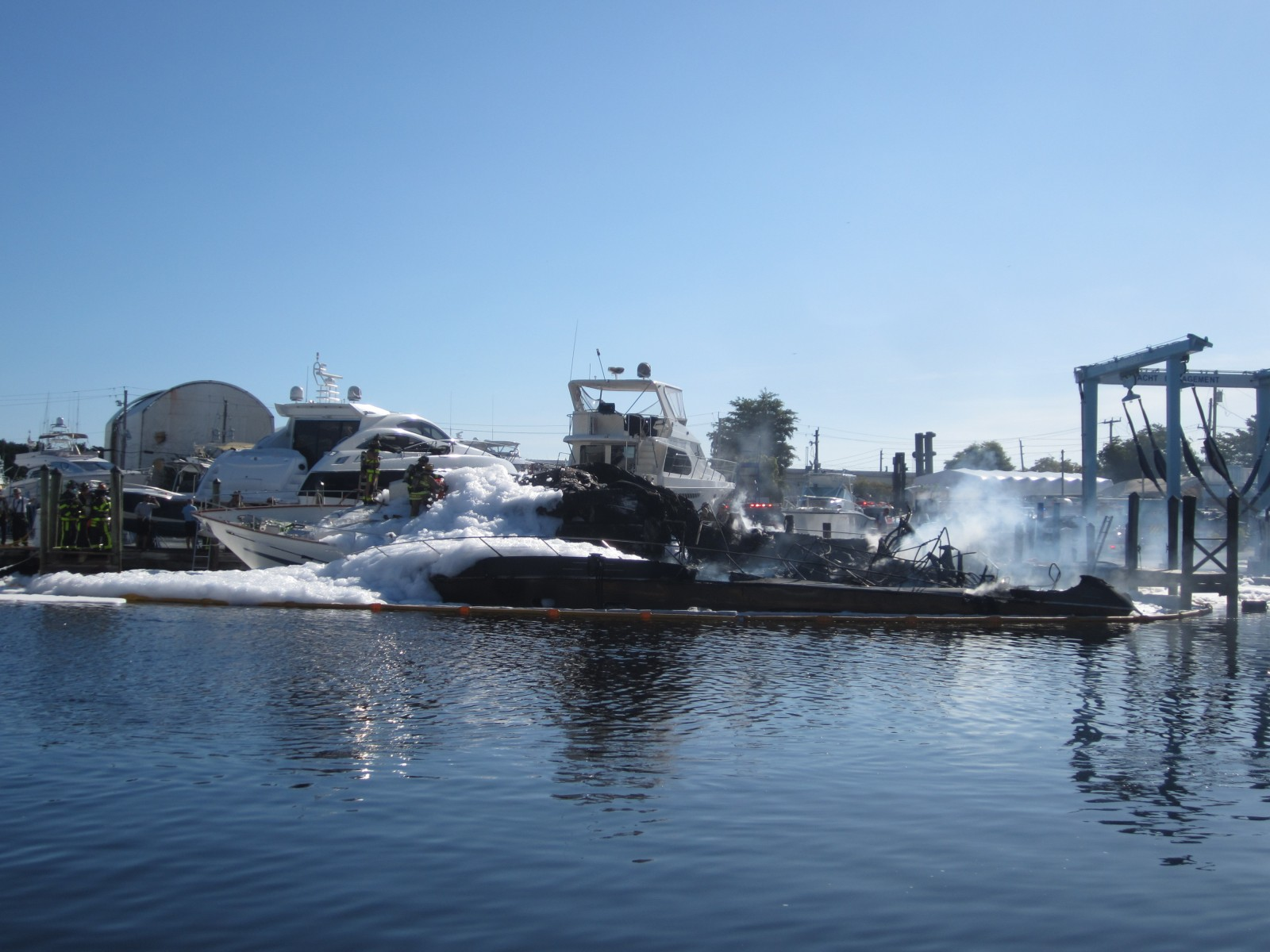 Fire New River marina LCR 038