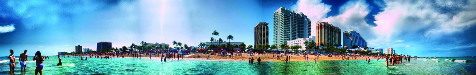 A19 CREW EYE nino Fort Lauderdale beach