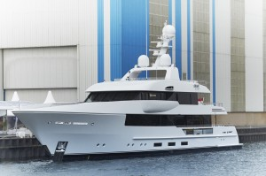 Latest news in the brokerage fleet: Azimut, Viking sell; Moon Sand listed