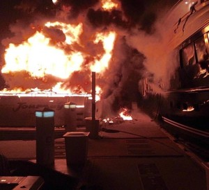 Yacht burns, another damaged, no one injured in Ft. Lauderdale marina fire