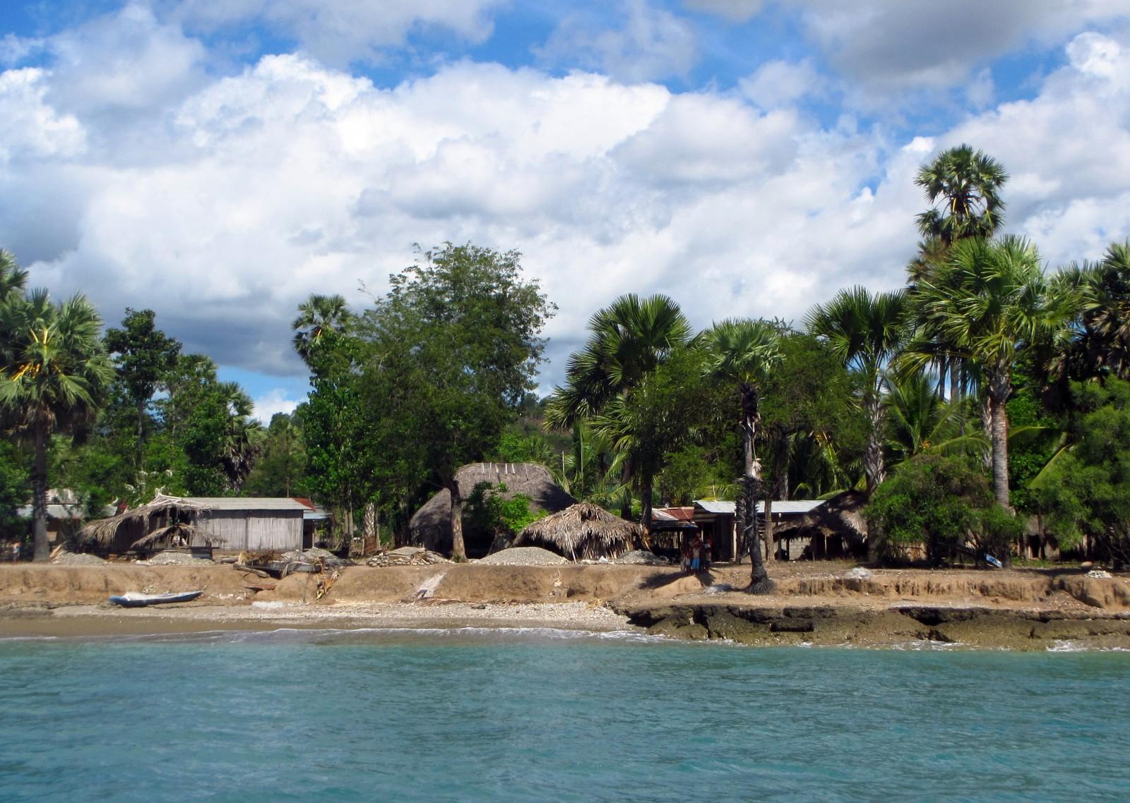 Subsistence farming and fishing villages dot the north coast.