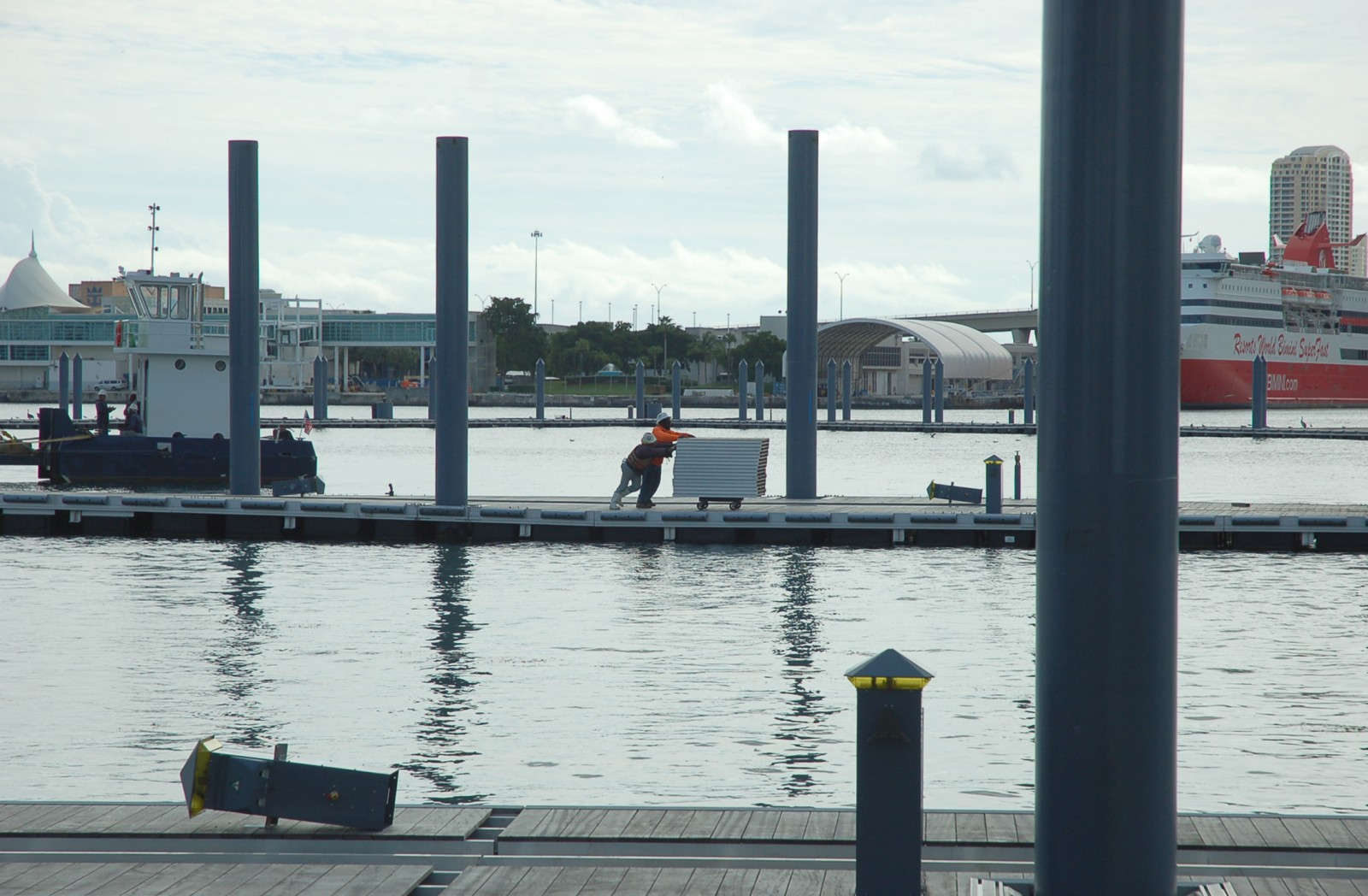 Work continues at Island Gardens Deep Harbour, the marina at the future Island Gardens on Watson Island in Miami. PHOTO/DORIE COX