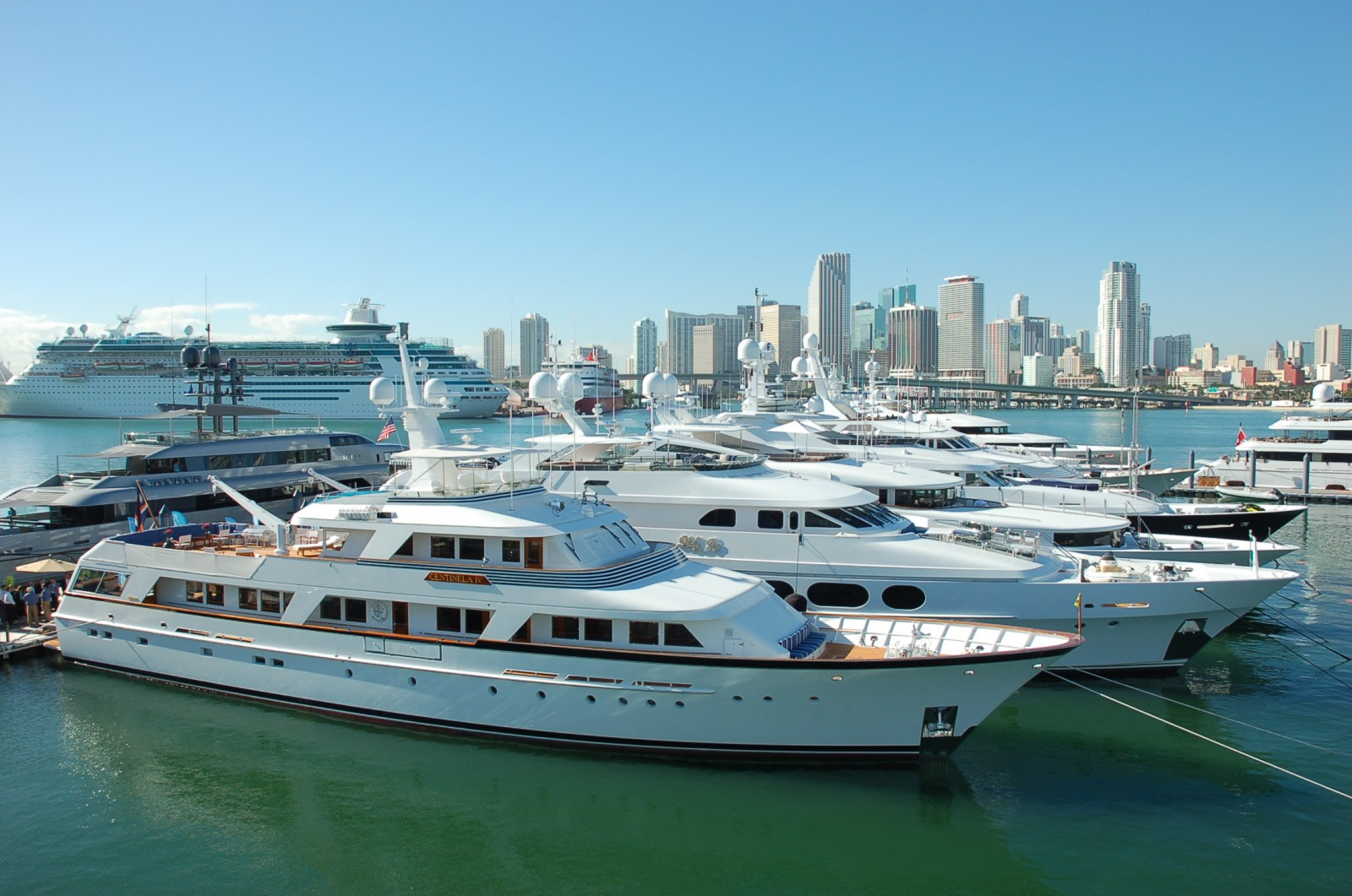 Photos Of Yacht Crew On Duty At Yachts Miami Beach