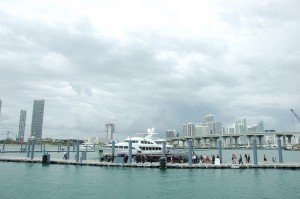 Relocated Miami show comes alive; in-water show grows