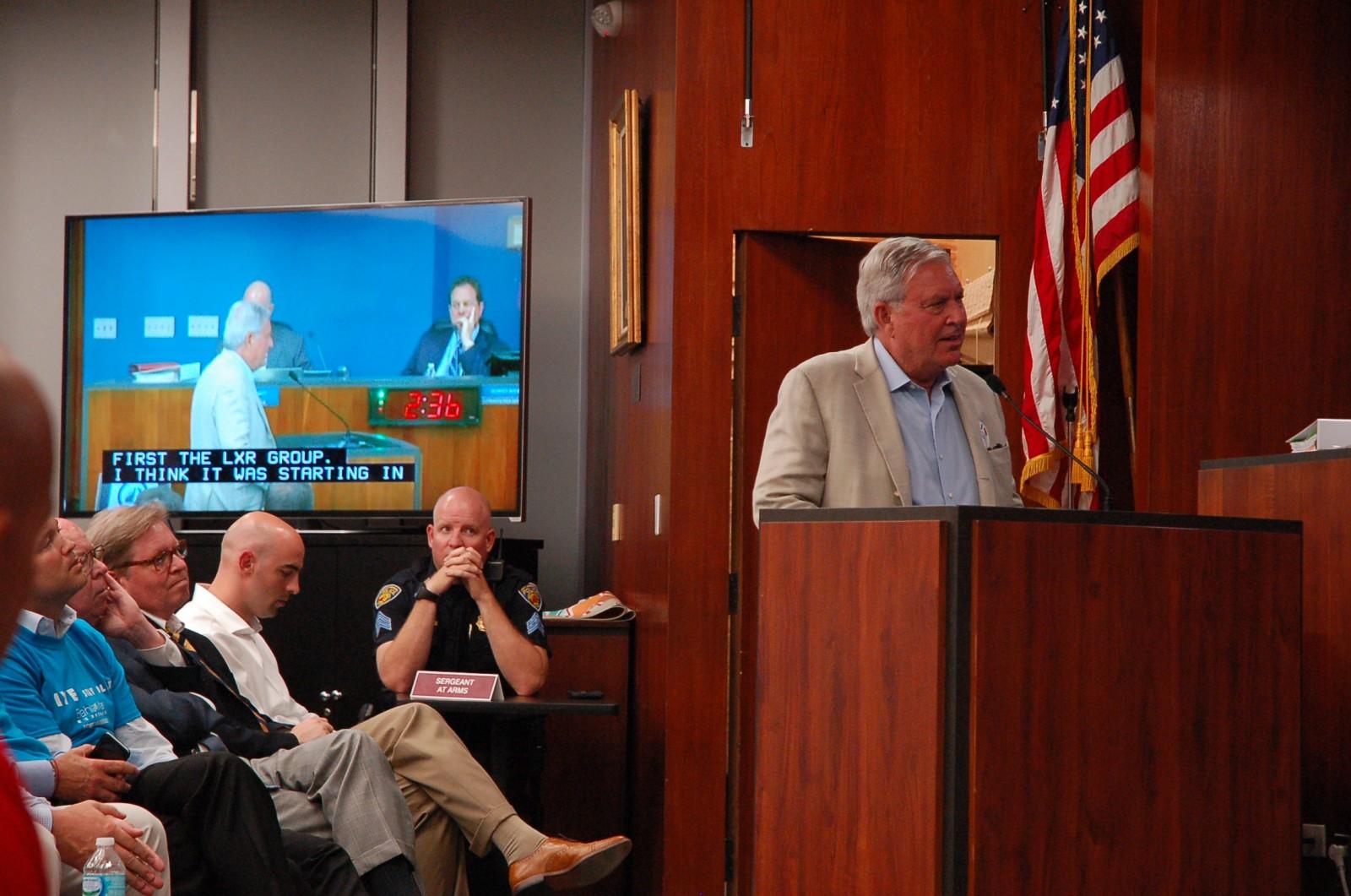 Skip Zimbalist addressess the Fort Lauderdale City Commission meeting last night (June 8).