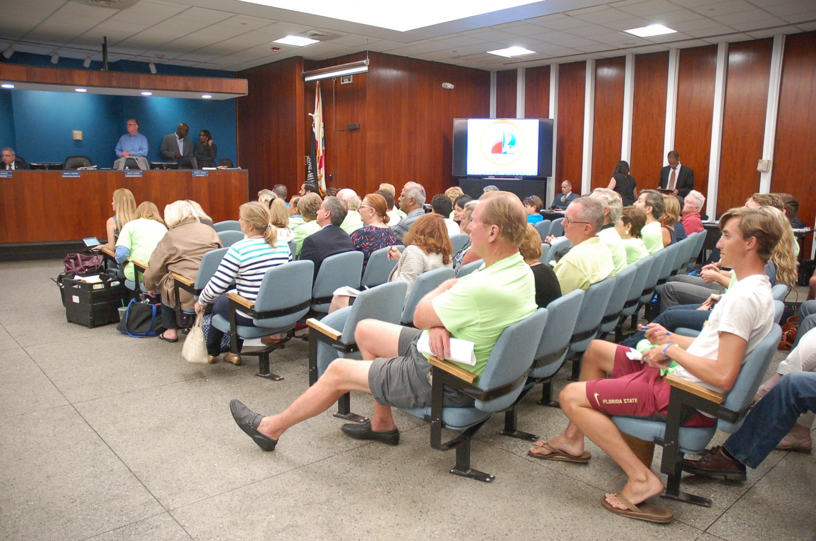 A full chamber listens to the Fort Lauderdale City Commission. PHOTO BY DORIE COX