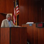 Skip Zimbalist adresses the Fort Lauderdale City Commission. PHOTO BY DORIE COX