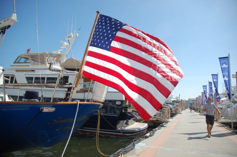 Large yachts can now carry US flag