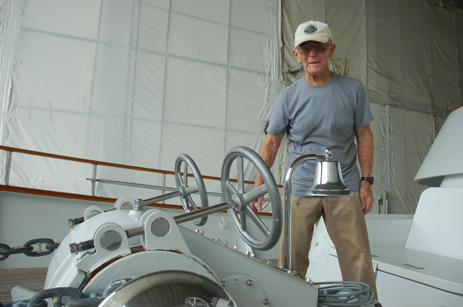 crew-43-years-hastings-larry-21
