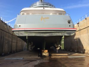 Savannah Yacht Center welcomes first yacht to graving dock