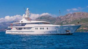 Latest news in the brokerage fleet: Deja Too sells; Seven Sins, Beija Flor listed for sale