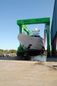 'The Beast' mega-lift hauls first yacht at Lauderdale Marine Center