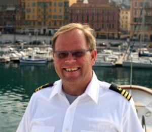 "Chief engineer Jan ""Yannie"" Nielsen dies in an accident at home"