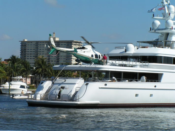 Yacht 'transcended money' for Huizenga Sr.