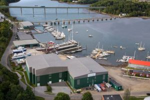 Maine shipyard to expand facility