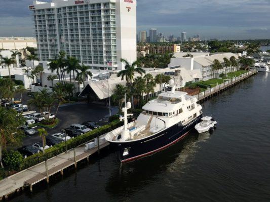 Former Hilton now 17th Street Yacht Basin