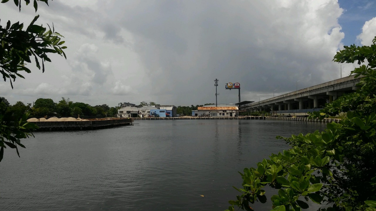 The Port Dry Stack Boat Storage Marina In Fort Lauderdale