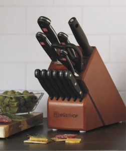 Culinary Waves: Travel with your own tools