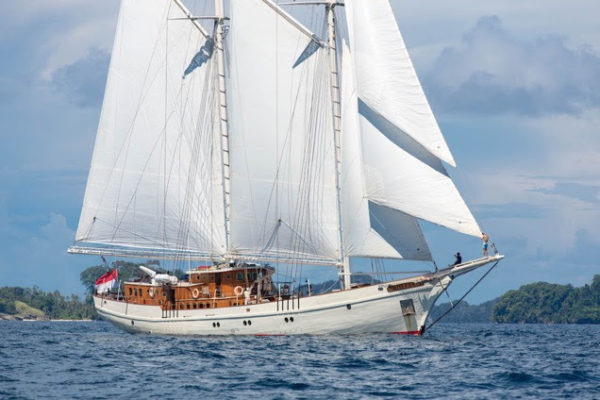 Latest news in the brokerage fleet: Northern Spirit sells; Mutiara Laut listed