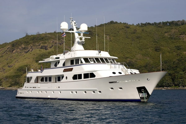 Latest news in the charter fleet: Silver Fast joins Hill Robinson; Maverick joins Neptune