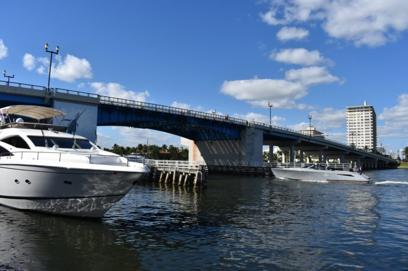 Las Olas bridge to open this evening