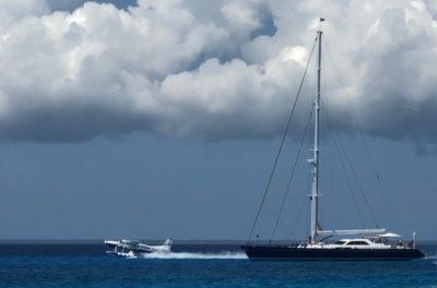 U.S.-based seaplane picks up yacht passengers in Cuba