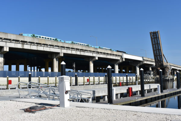 Port 32 open on New River in Fort Lauderdale