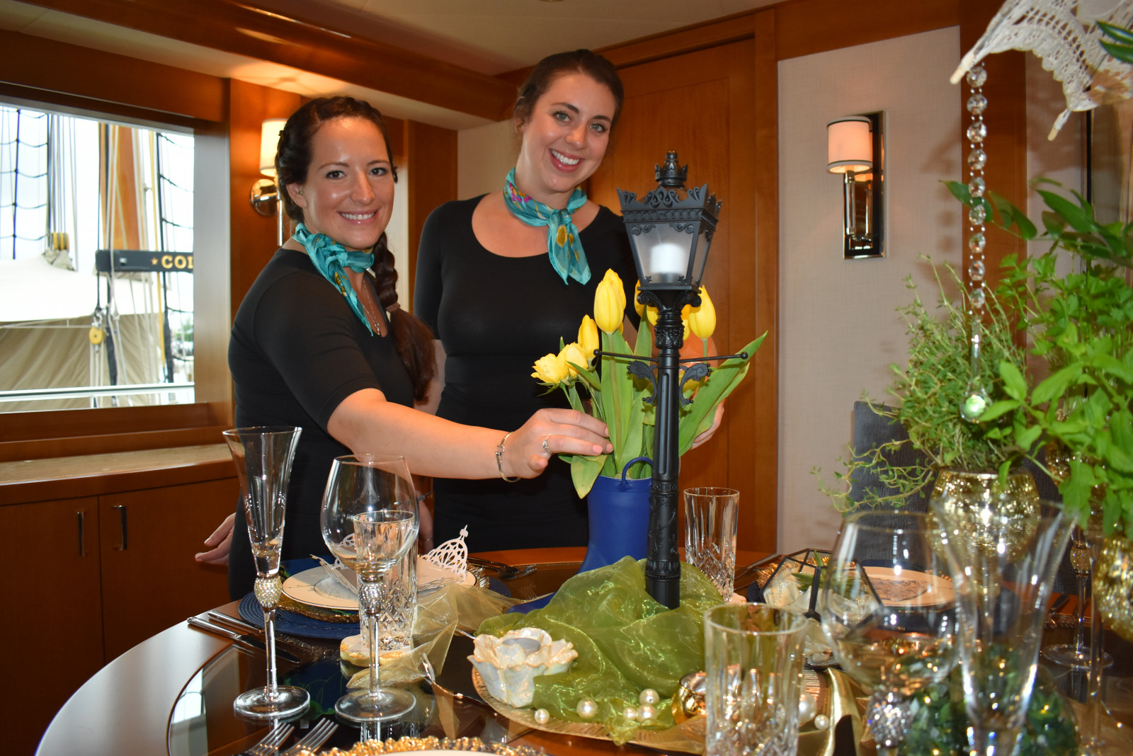 Newport19: Interior crew liven up tables, drinks at the show