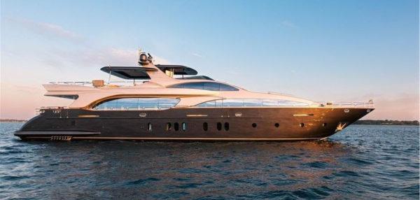Latest news in the brokerage fleet: Tail Lights sells; Sirona III listed