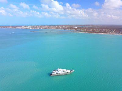 Motoryacht Loon arrives at Marsh Harbour after Hurricane Dorian