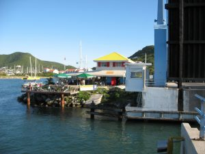 Yacht damages Simpson Bay bridge in St. Maarten