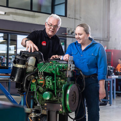 Australia to honor Apprentice of the Year