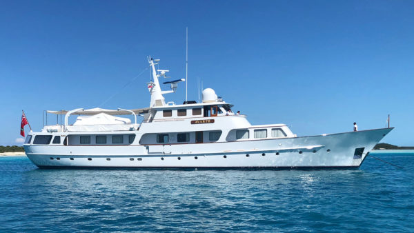 Latest in the brokerage fleet: classic Feadship sells; a Hunt listed
