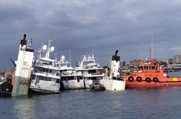 Transport ship departs Palma after ballast incident