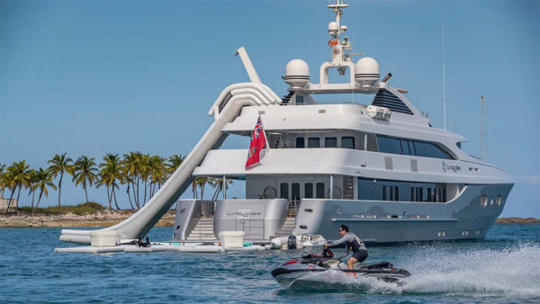 Latest in the brokerage fleet: Turquoise sells; Bowsprit listed