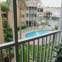 2 Bed 1.5 Bath Fully Furnished Condo available for rent Oct 1st.